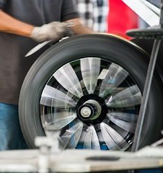 Commercial Services Tire & Wheel Balancing