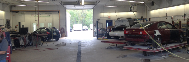Auto Body Works in Louisville, OH
