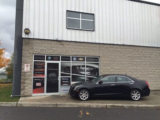 Luxe Auto Lounge in Orleans, Ontario